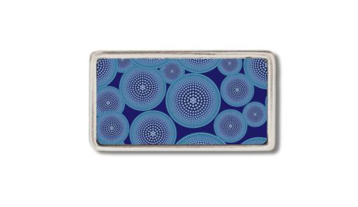 schmalle Gürtelschnalle mit stilisierter Anemone blau